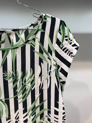 Immagine di BLUSA NOVArighe/palme S/S LUX AOP ONLY