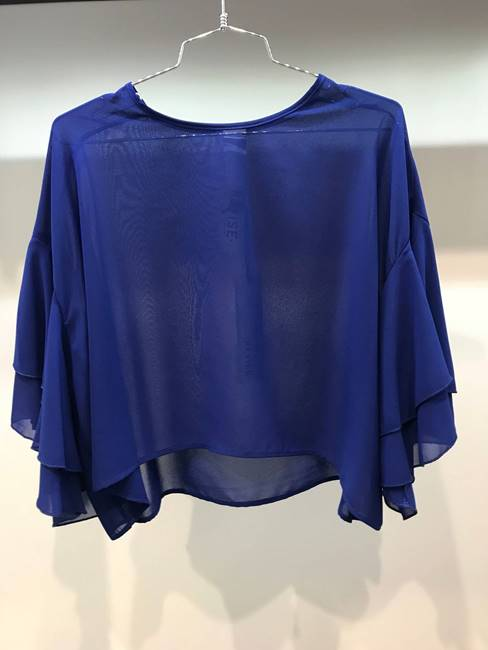 Picture of BLUSA CROP MANICA ROUCHES REVISE