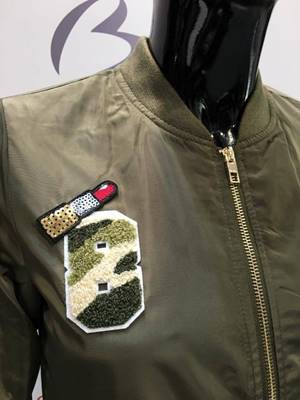 Immagine di BOMBER LINEA BADGE  C/ PATCH ONLY