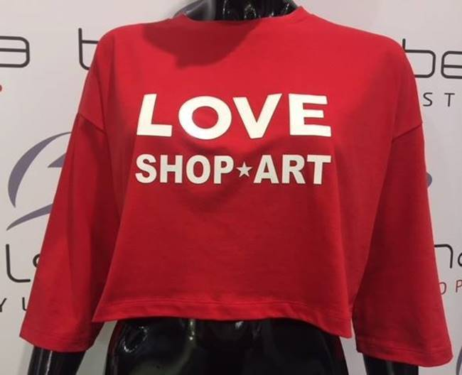 "Picture of MAGLIA CROP ""LOVE SHOP*ART"" SHOP*ART"