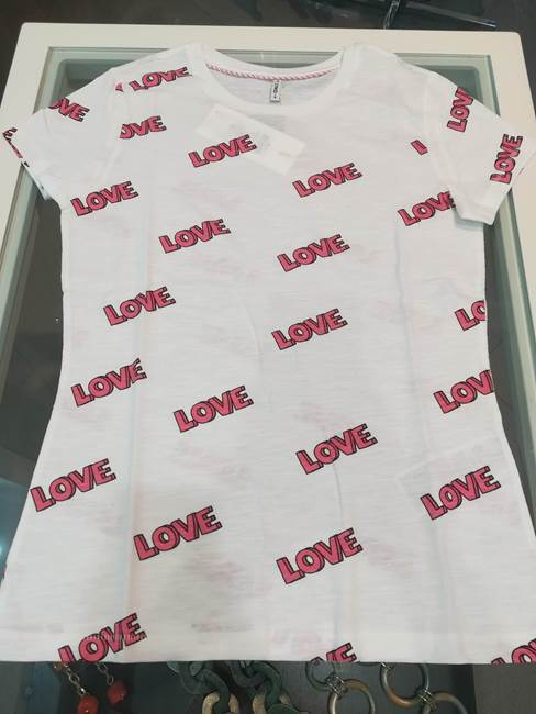Picture of T-SHIRT BONE STAMPA LOVE E CUORI ONLY